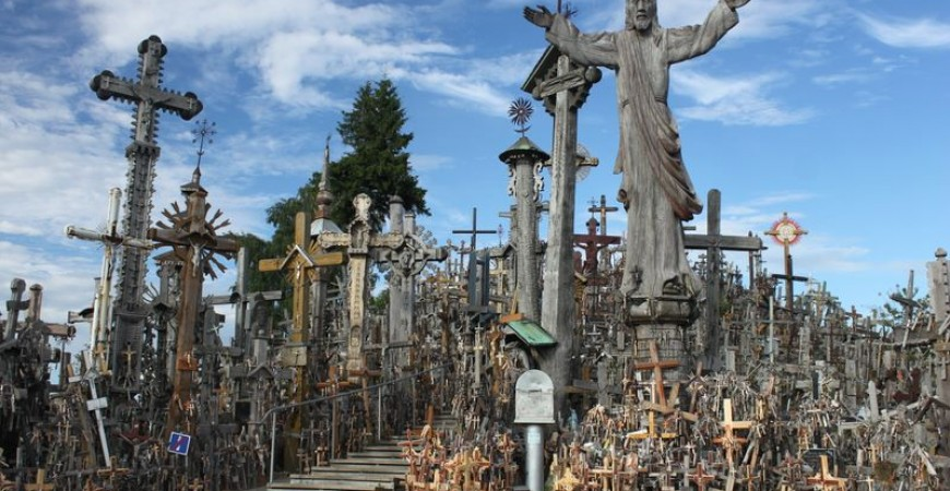 Hill of Crosses as a Symbol of Lithuanian Faith